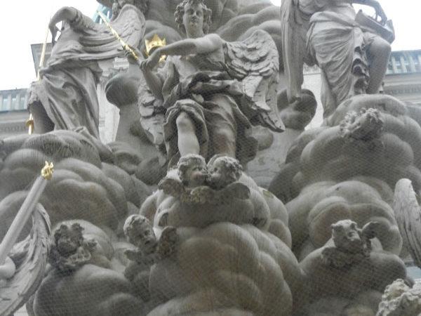 Те самые облака, деталь чумной колонны, Вена