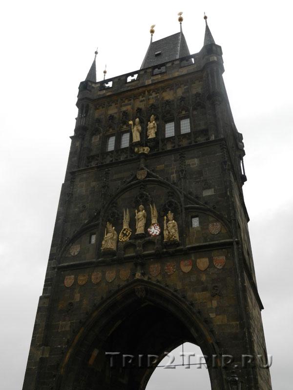 Староместская мостовая башня. Вид от Старе-Места. Прага.