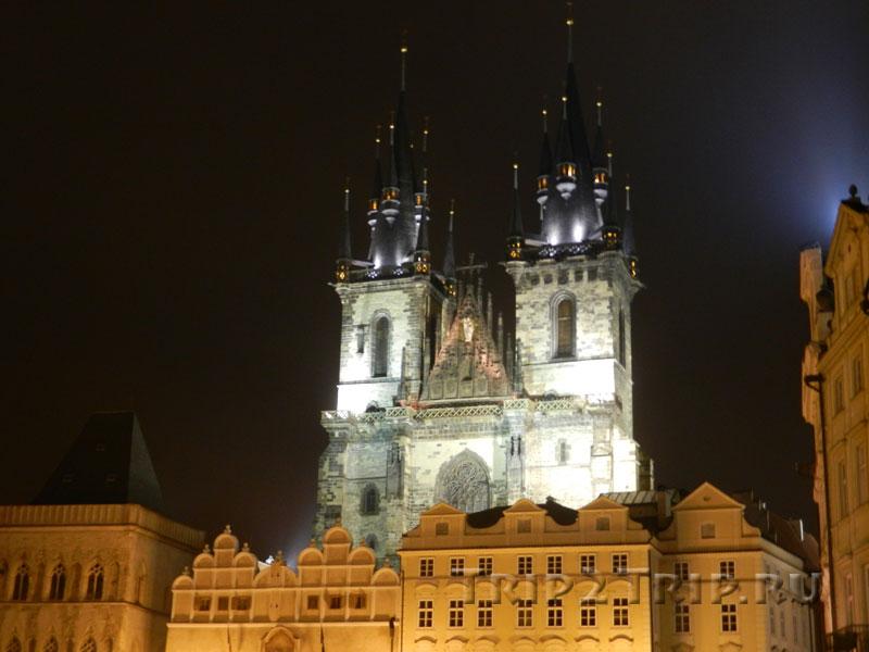 Тынский храм, Староместская площадь, Прага