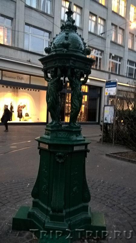 Тумба на Банхофштрассе, Цюрих
