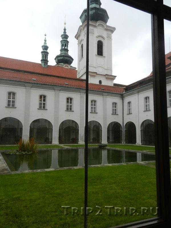 Вид на Райский Сад вокруг конвента, Страговский монастырь, Прага