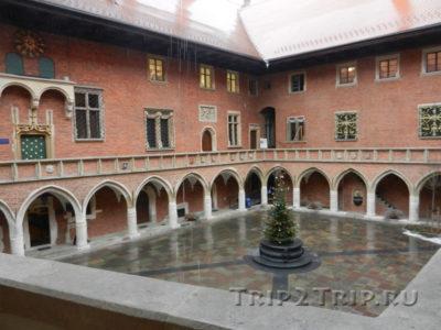 Внутренний дворик Университета, Краков