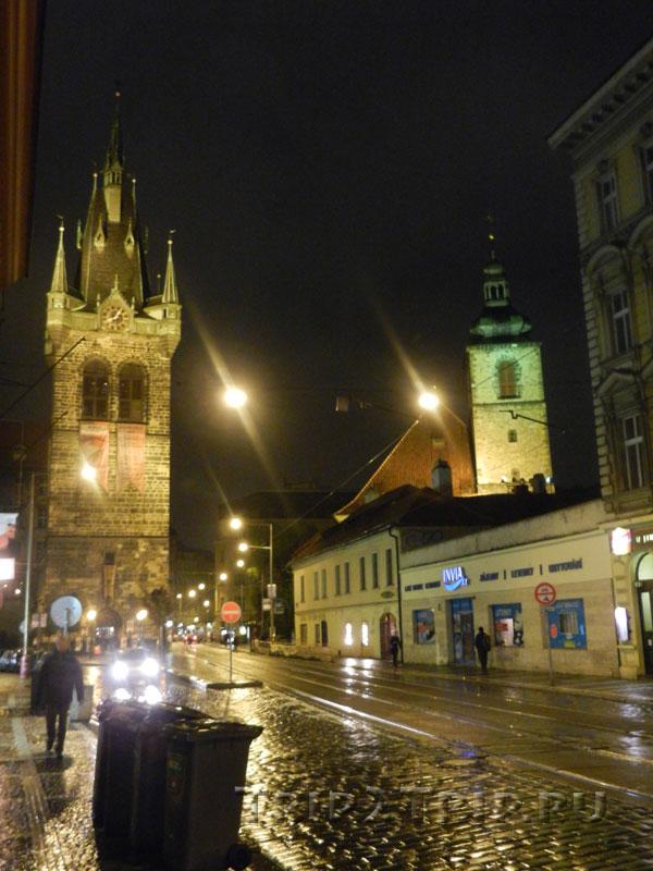 Йиндржишская башня и церковь святого Йиндржиха и святой Кунгуты, Прага