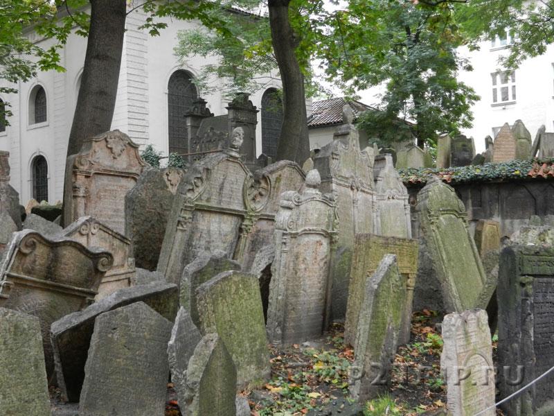Старое еврейское кладбище, Йозефов, Прага