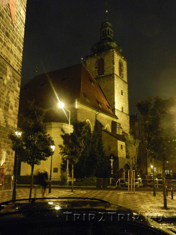 Церковь свв. Йиндржиха и Кунгуты, Прага