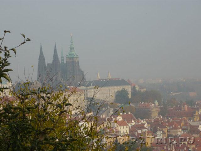 Вид на Собор Святого Вита от Страговского монастыря, Прага