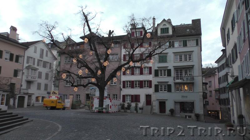 Площадь перед Петерскирхе, Цюрих
