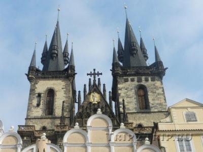 Фасад Тынского храма, Прага