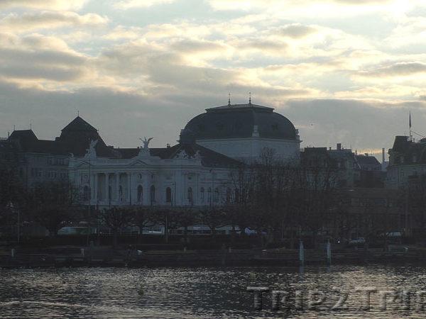 Оперный театр, Цюрих