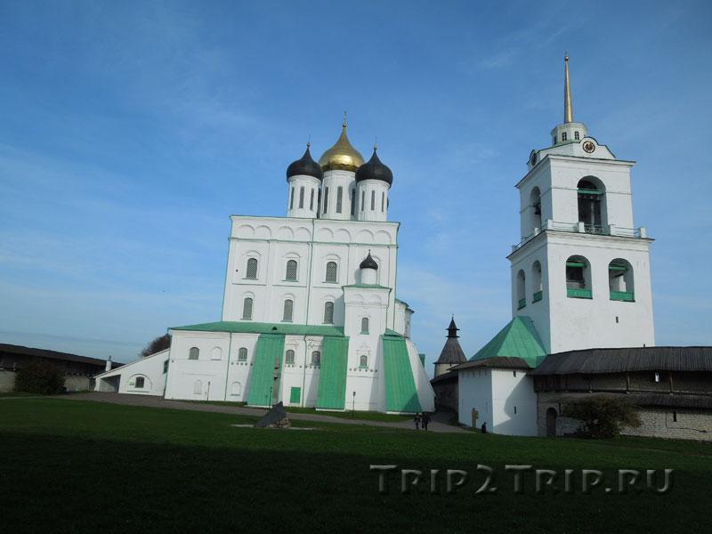 Троицкий собор с колокольней, Псковский Кром