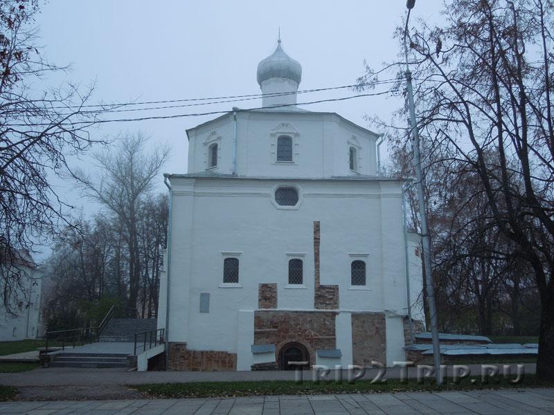 Церковь Георгия на Торгу, Ярославово Дворище, Великий Новгород