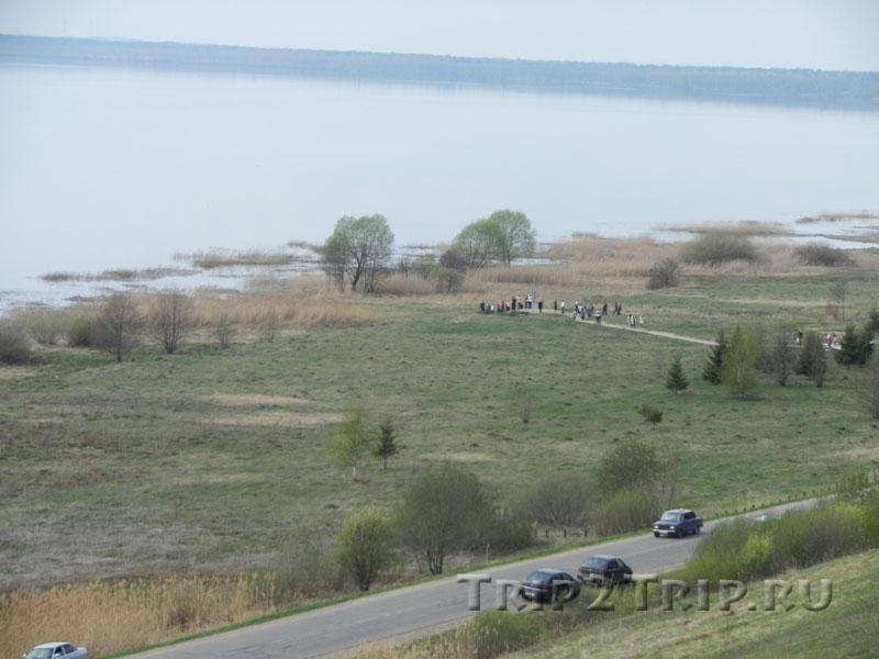 Вид на Синий Камень и Плещеево озеро с Александровской Горки