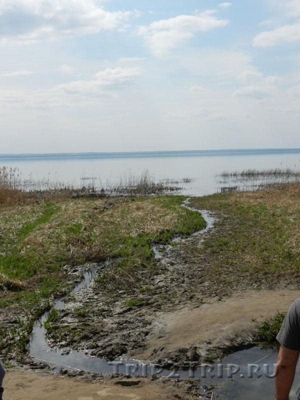 Ручей к Плещееву озеру в Переславле