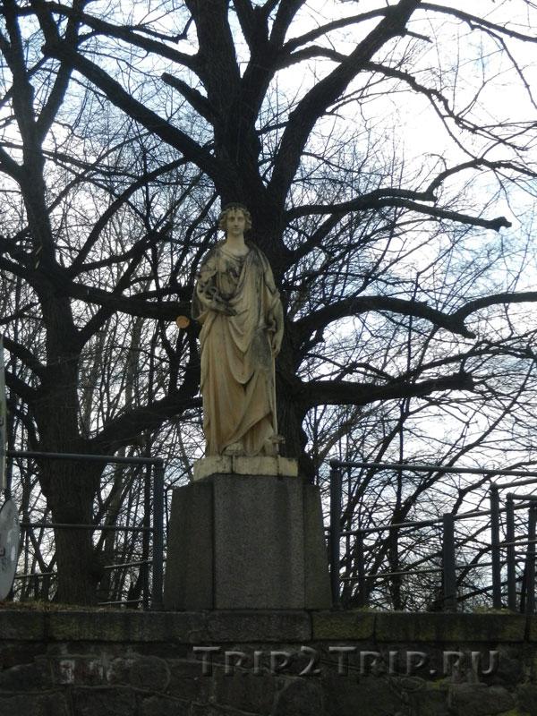Статуя Морской Торговли, Площадь Старой Ратуши, Выборг
