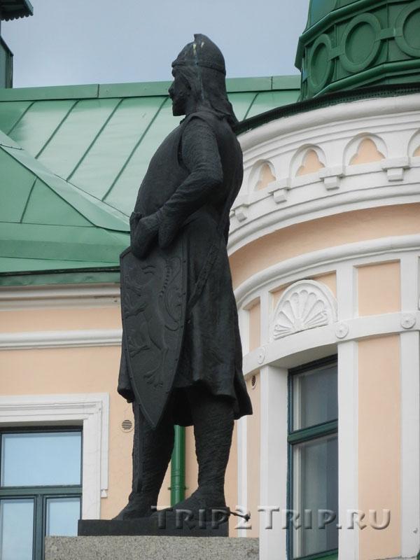 Памятник Торгильсону Кнутсону, Выборг