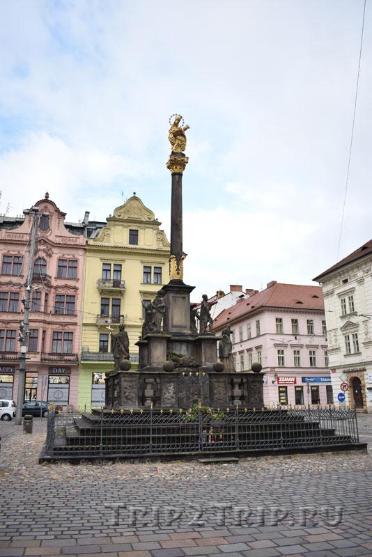 Марианский (чумной) столб, Площадь Республики, Пльзень