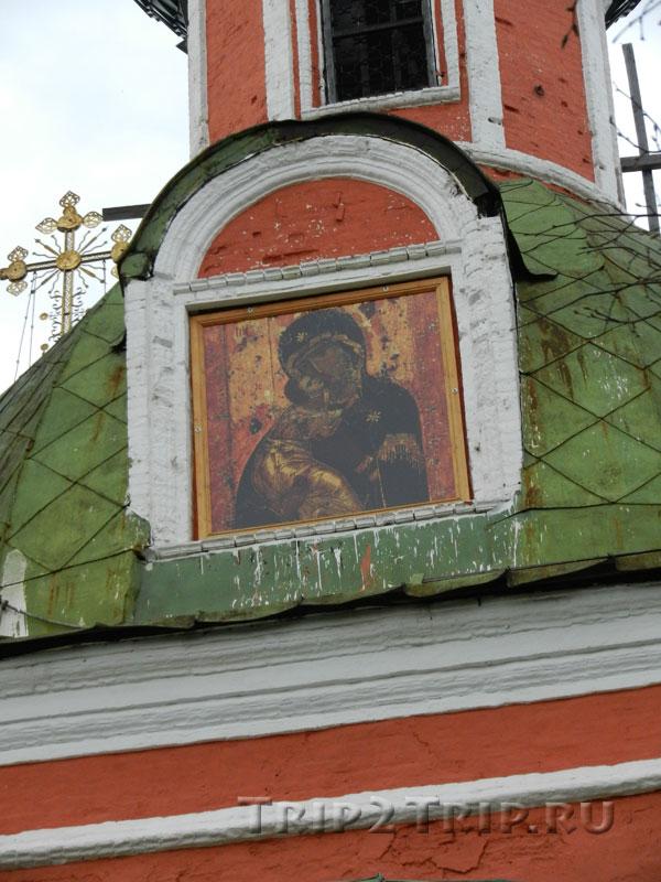 Фото иконы Владимирской Богоматери на Владимирском соборе в Переславле