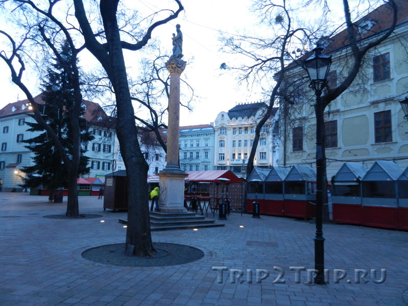 Марианский столб на Францисканской площади, Братислава
