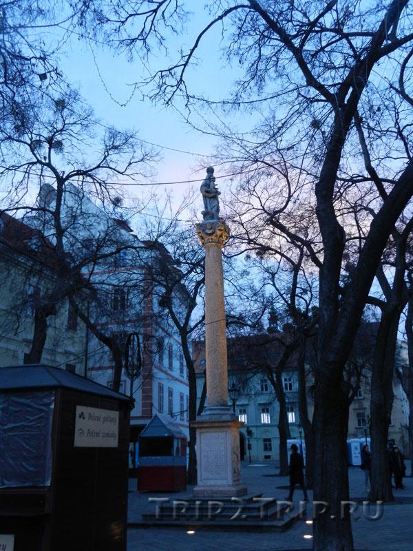 Марианский столб, Братислава