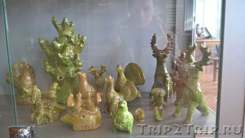 Петровские игрушки - индюк, глухари и олени, музей петровской игрушки, Кострома