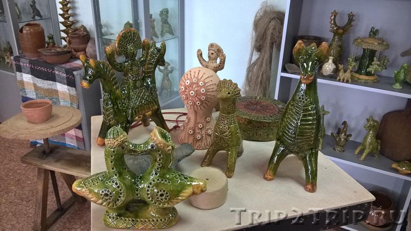 Петровские игрушки (Дажьбог, кукушка и другие), музей петровской игрушки, Кострома
