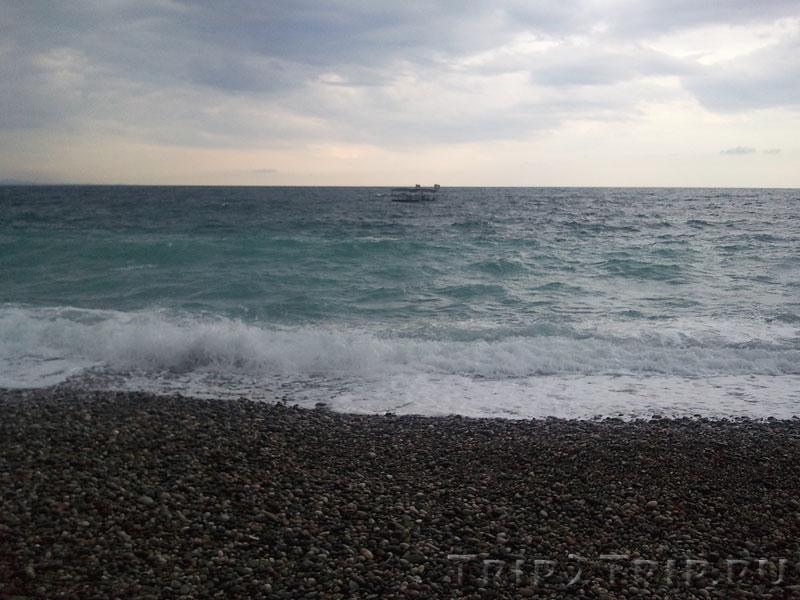 Море в районе Пицунды