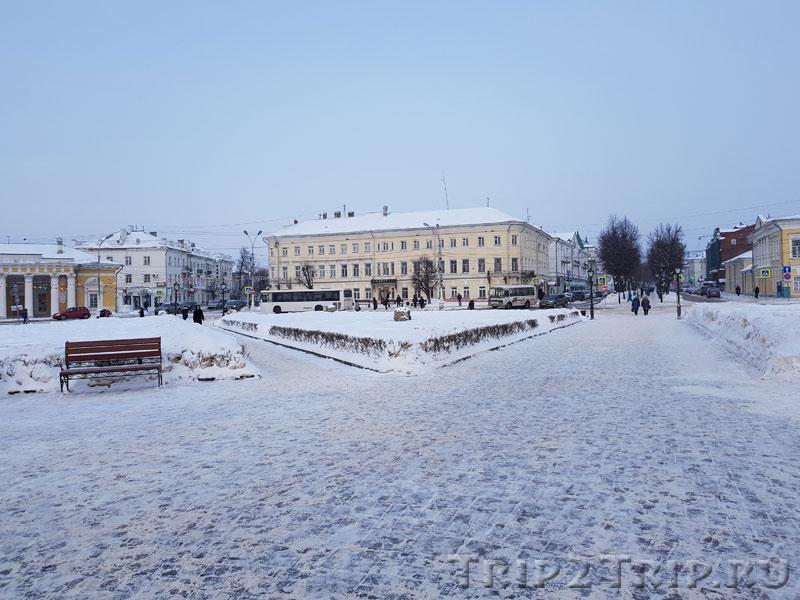 Бывший дом Рогаткина и Ботникова, Сусанинская площадь, Кострома