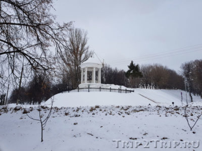 Беседка (ротонда) Островского, набережная Волги, Кострома