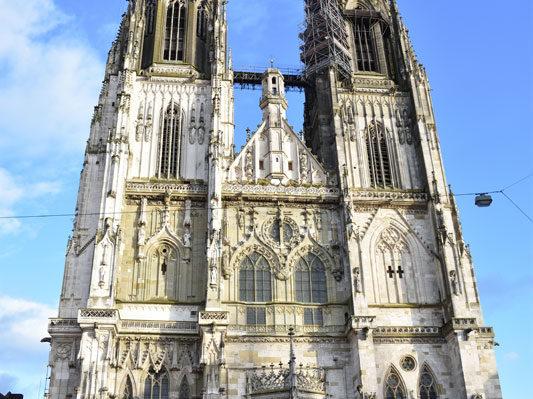 Фасад собора Святого Петра, Регенсбурга