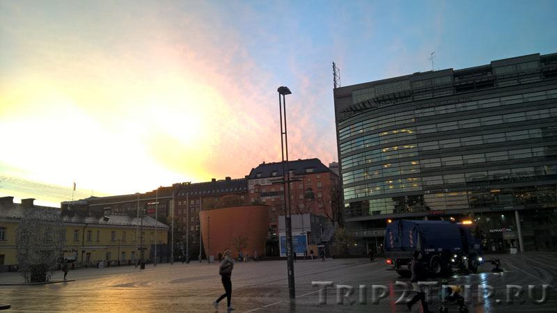 Часовня Камппи (Тишины), Площадь Наринкки, Хельсинки