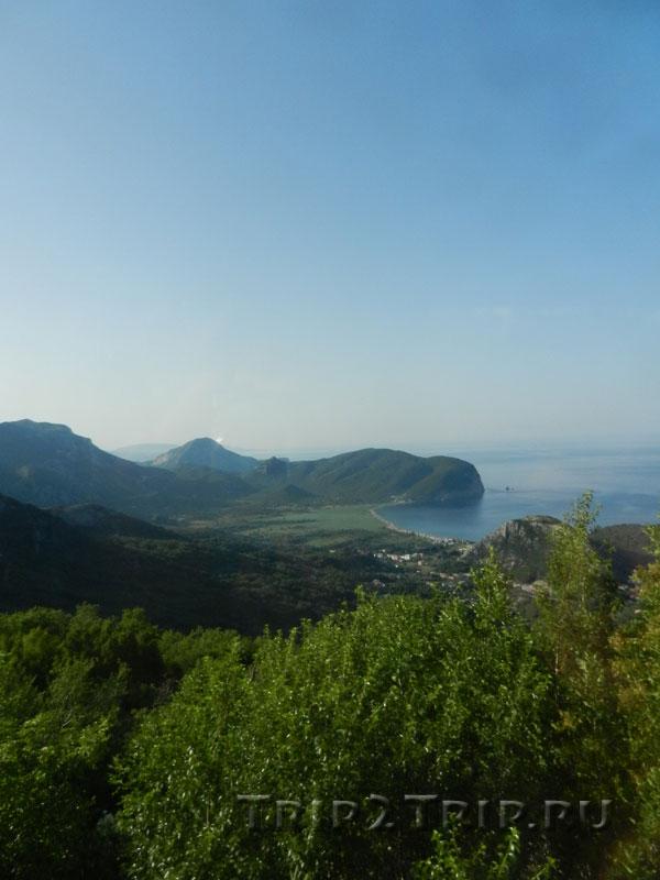 Адриатическое побережье в районе Петроваца, Черногория
