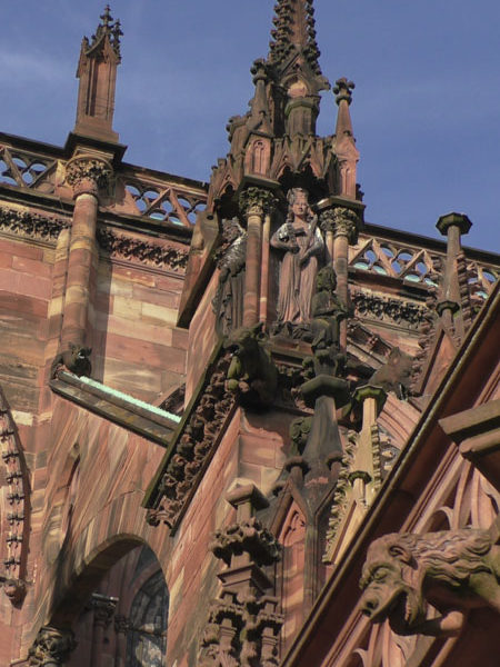 Статуя, страсбургский собор