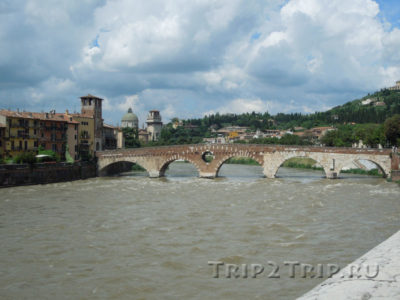 Понте-Пьетра (Каменный мост), Верона