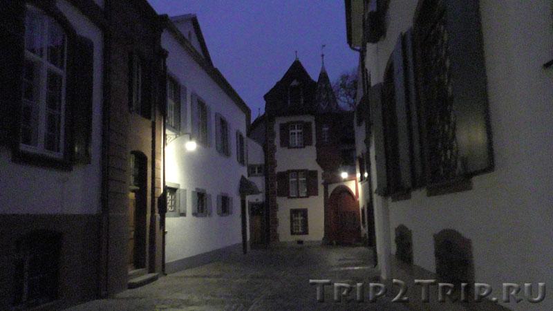Рыцарский переулок (Rittergasse), Базель