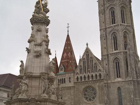 Собор Матьяша и Чумная колонна, Будайский замок, Будапешт