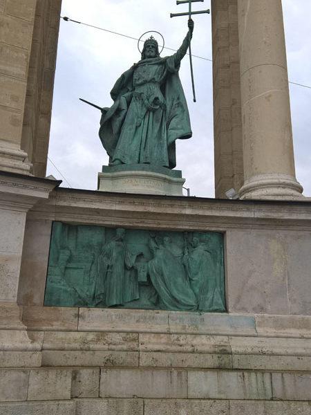 Святой Иштван, Памятник Тысячелетия, Будапешт