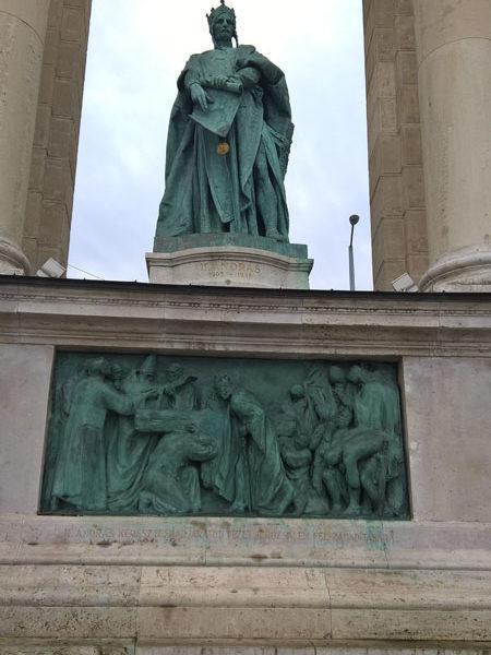 Андраш II, Памятник Тысячелетия, Будапешт