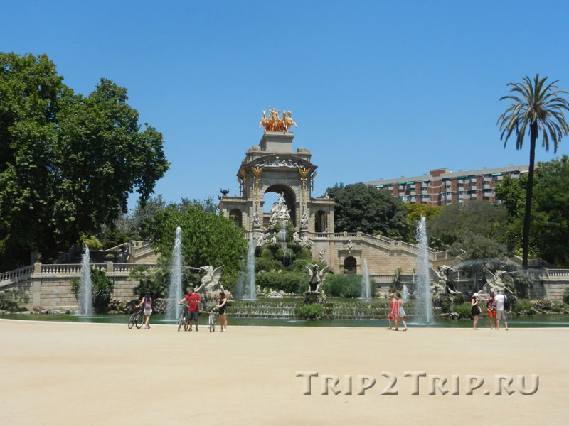 "Фонтан ""Каскад"", парк Сьютаделья, Барселона"