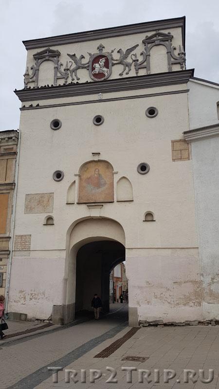 Острая Брама (Ворота Зари) с внешней стороны, Вильнюс
