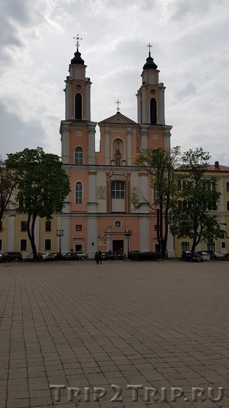 Костёл Франциска Ксаверия, Ратушная площадь, Каунас