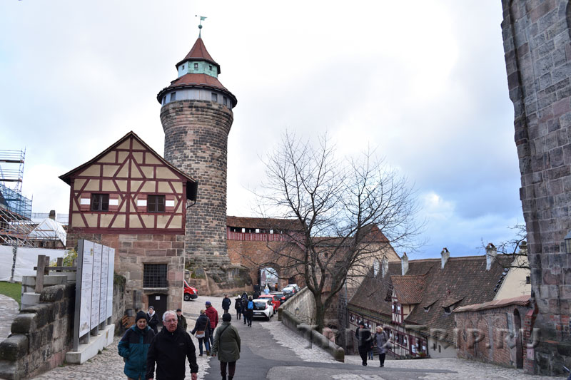 Нюрнбергский замок, вид из внутреннего двора