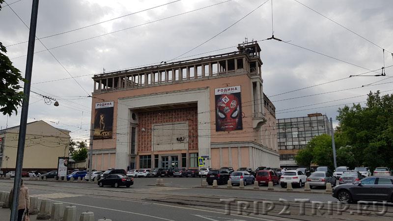 """Кинотеатр """"Родина"""", Семёновская площадь, Москва"""