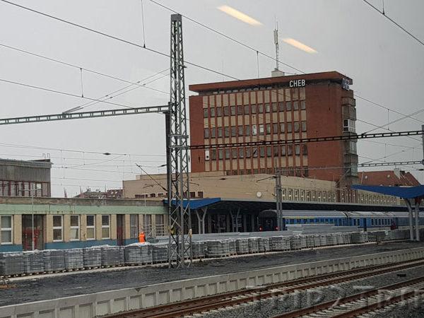 Железнодорожный вокзал, Хеб