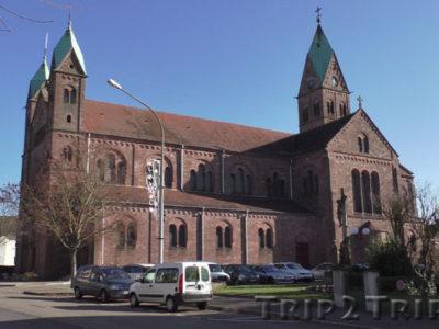 Базилика Сакре-Кёр, Люттербак, Эльзас, Франция