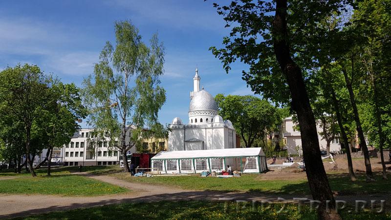 Мечеть, парк Мира, Каунас
