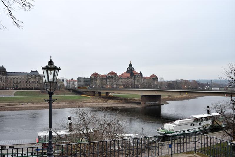 Панорама на правый берег Эльбы из Брюльского сада, Дрезден - Мост Карола