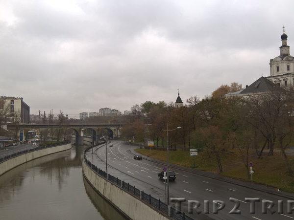 Спасо-Андроников монастырь и Яуза, Москва