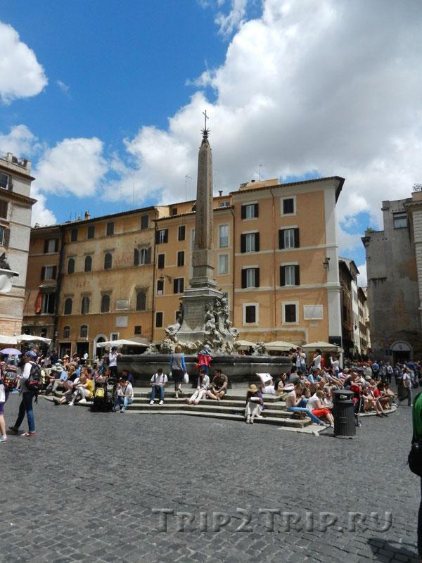 Фонтан у Пантеона, Пьяцца-делла-Ротонда, Рим
