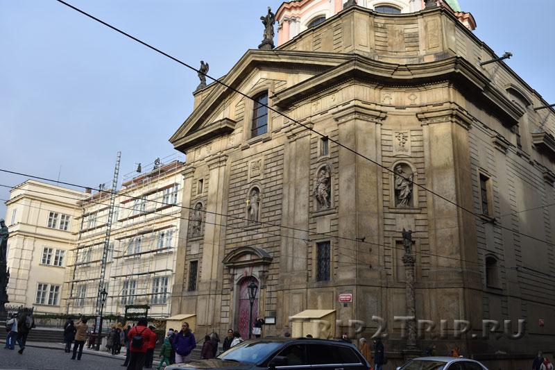 Церковь св. Франциска, площадь Крестоносцев, Прага