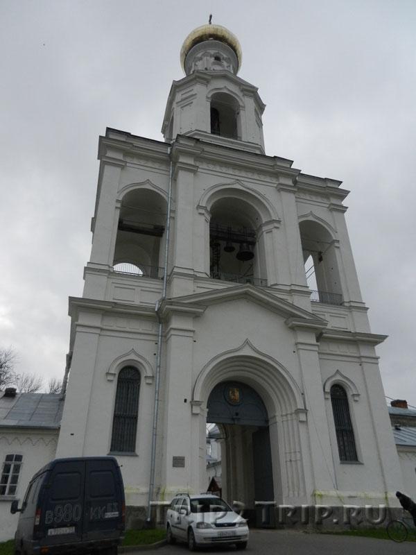Колокольня-вход, Юрьев монастырь, Великий Новгород